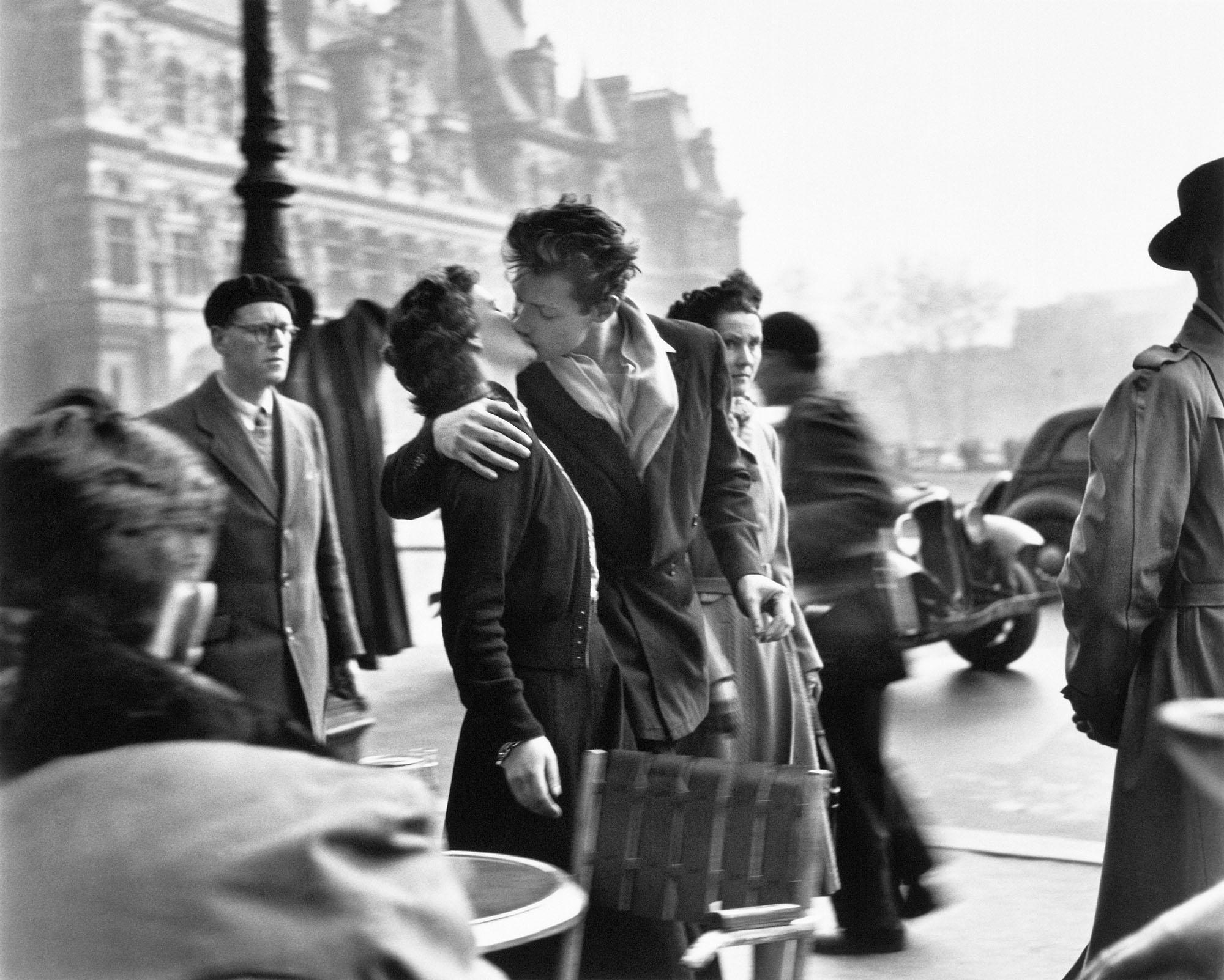 1806 robert doisneau baiser